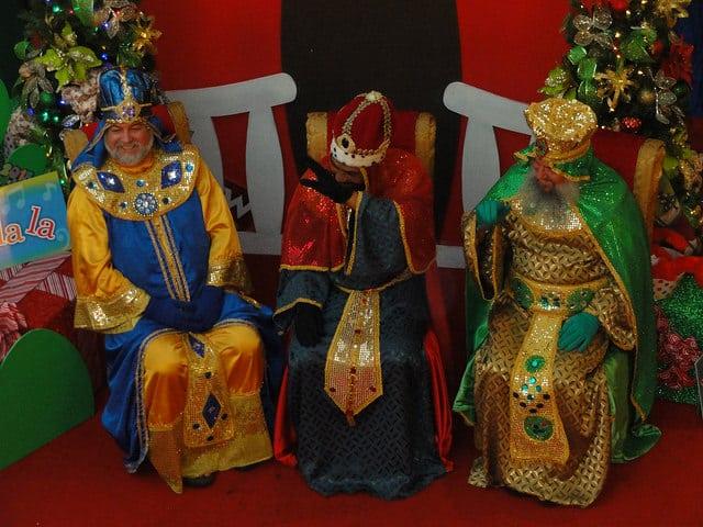 Ya Vienen Los Reyes Magos The Three Wise Men Are Coming